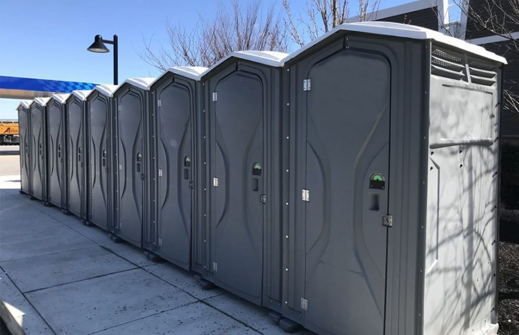 Portable restrooms for emergency relief on the PN turnpike